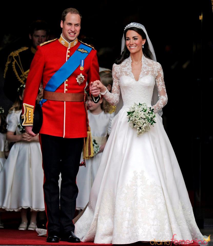 Vestiti Da Sposa Kate Middleton.Da Diana Spencer A Kate Middleton Viaggio Tra Gli Abiti Da Sposa